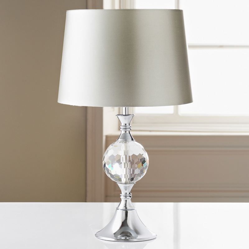 The 10 Best Selling Bedside Lamps for Energy Saving Lighting